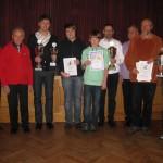 Bei der Weihnachtsfeier der SG Büchenbach/Roth gab es für die Sieger zahlreiche Pokale und Urkunden